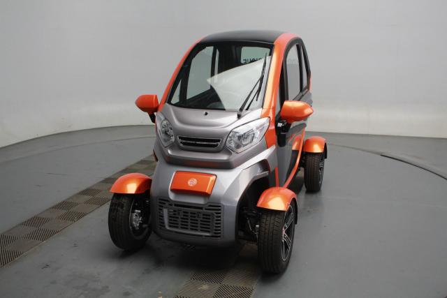 LIGHT ELECTRIC QUADRICYCLE FL 3000 V3-45